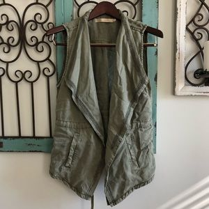 Max Jeans Olive green vest with tie front size m